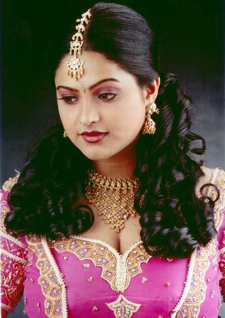 bollywood actress list old telugu club movie raasi photos