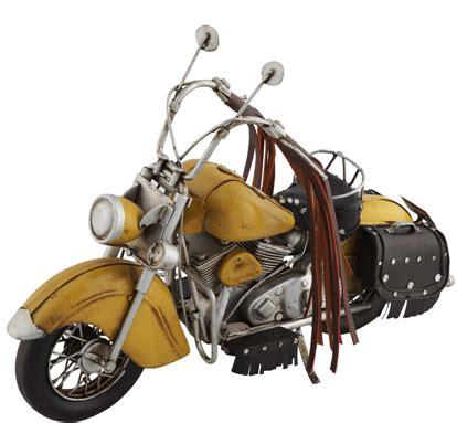 mudo sari motosiklet goeruenuemlue dekoratif biblo modeli