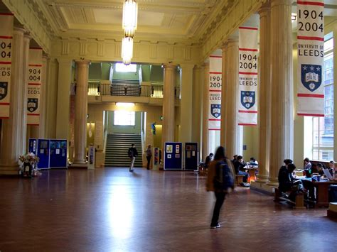 Foyer Of Building by File U Of Leeds Parkinson Building Foyer Jpg