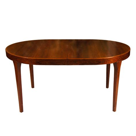 Contemporary Oval Dining Table Oval Modern Dining Table At 1stdibs