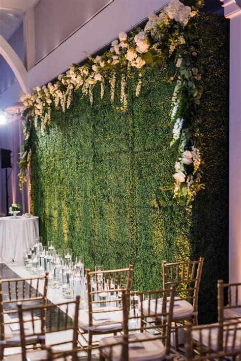 Wedding Backdrop Green by Boxwood Ceremony Backdrop Photo Wedding Photojournalism