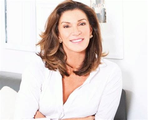 who is hilary farrs hairstyle hillary farr hair hairstylegalleries com