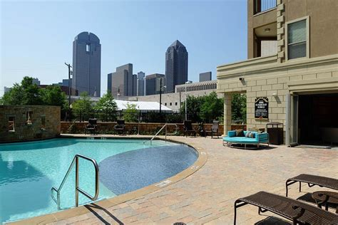 3 bedroom apartments uptown dallas apartments for rent in uptown dallas tx the marquis of state thomas
