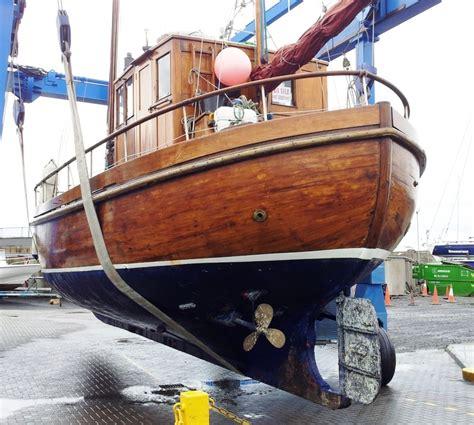 scottish fishing boat plans a proud bow www peggybawnpress