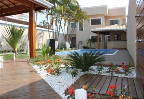 decorar paredes do quintal aproveite melhor os espa 231 os do quintal zap em casa