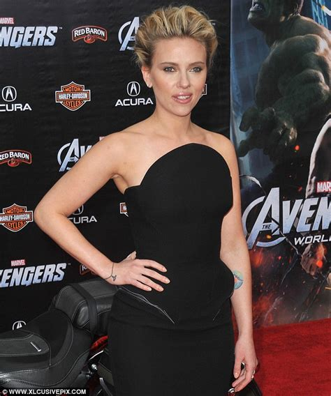 scarlett johansson adds to her tattoo collection with a