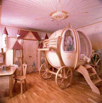 princess  residence toddler bedroom decorating idea