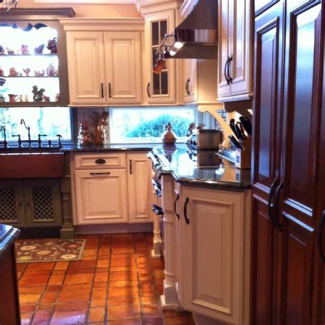 Tri Kitchen by Tri Color Kitchen Cabinets Do U Mykitchen
