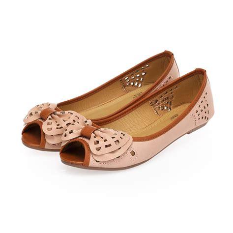 Comfortable Peep Toe Shoes by New Leroy S Comfortable Knot Peep Toe Flats
