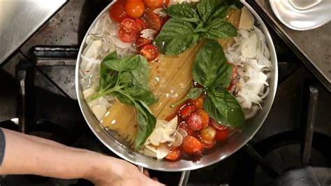 chaudron pour cuisiner cuisiner les p 226 tes et la sauce dans un seul chaudron en