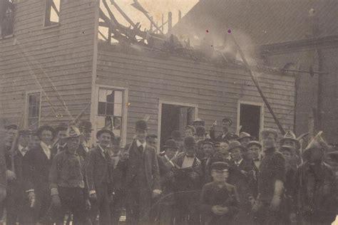 insurrection daily burning black newspaper building wilmington insurrection