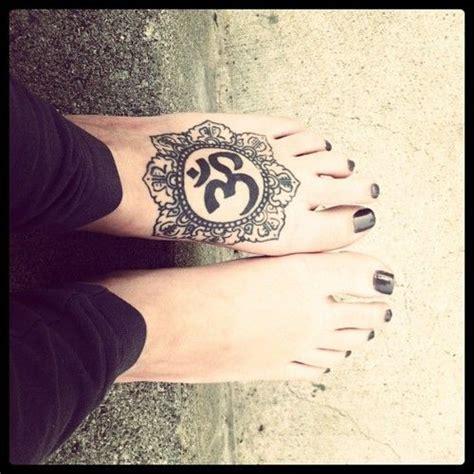 tattoo below neck pain ohm mandala foot tattoo i want this exact tattoo but on