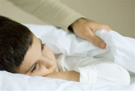 bed wetters how to handle bedwetting in kids a step by step guide for