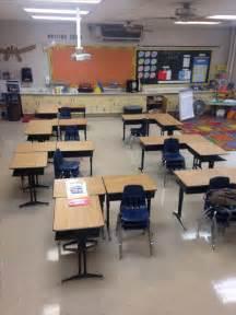 classroom desk arrangements 1000 ideas about desk arrangements on