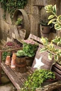 rustic garden ideas beeskneesvintagegarden garden