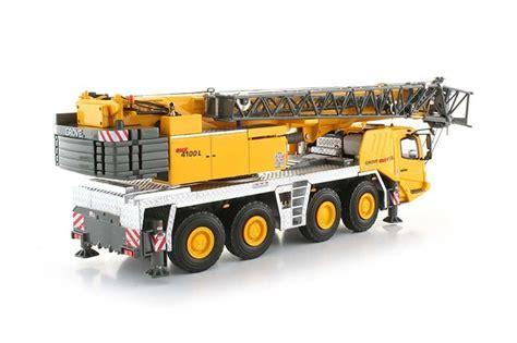 Diecast Truck Crane buffalo road imports grove gmk4100l grove yellow