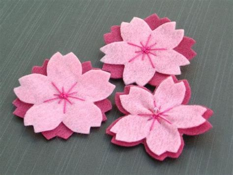Tutorial Membuat Bunga Sakura Dari Kain Flanel | cara membuat bunga sakura dari kain flanel bunda