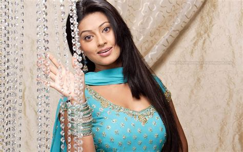 sneha heroine photos hd bollywood actress hd wallpapers hollywood actress hd