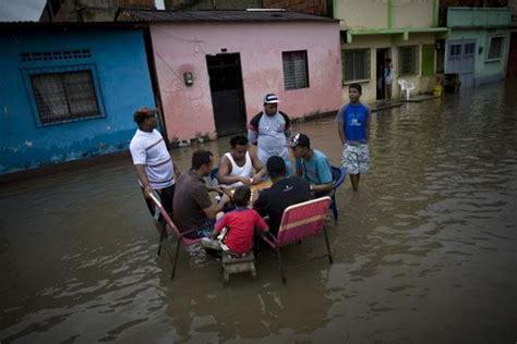 imagenes solo en venezuela en la lupa solo en venezuela al mal tiempo buena cara