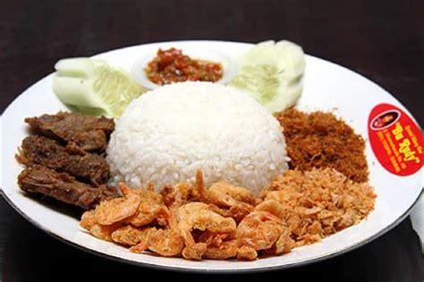 Kangen Sambal Mirip Sambal Bawang Bu Rudy Khas Surabaya sambal bu rudy kuliner pedas khas surabaya camilancamilun