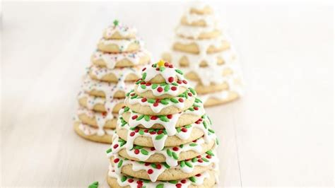 christmas 3d cookies 3d tree cookie stacks recipe from betty crocker