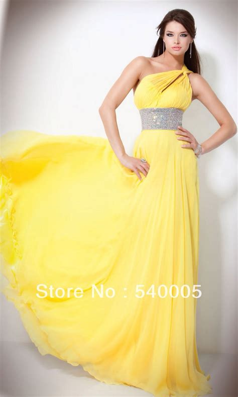 pictures of yellow wedding dresses canary yellow wedding dresses for the non traditional