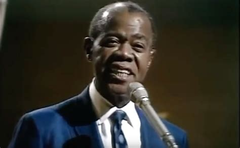louis armstrong what a wonderful an aging louis armstrong sings quot what a wonderful world quot in