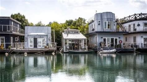 house boat toronto toronto s housing prices are so hot even the cost of