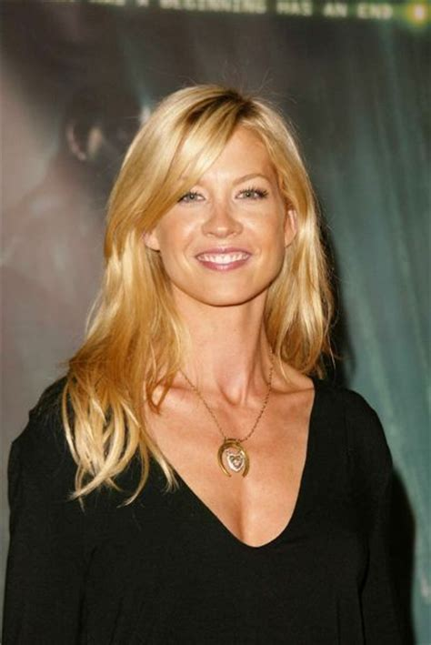 does jenna elfmans hair look better long or short jenna elfman long hair google search hair pinterest