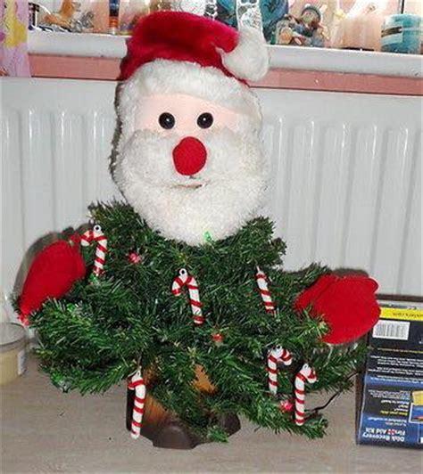 santacruz with christmas tree animated animated santa tree gemmy wiki fandom powered by wikia