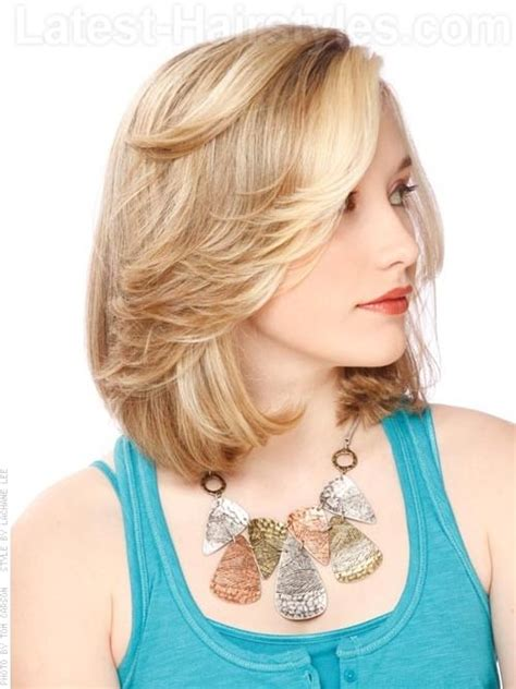 bob hairstyles with side flip tunsori noi moderne 2013 blogul despre toate