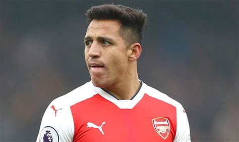 alexis sanchez contract extension arsenal news juventus and psg favourites to sign alexis