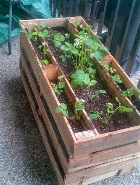 strawberry planter diy 28 images how to build a
