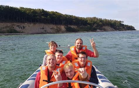 speedboot rostock speedboat fahren in warnem 252 nde als geschenkidee mydays