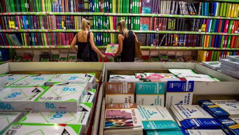 acquisto testi scolastici on line scuola i consigli per risparmiare sui libri scolastici