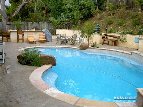 how to turn your backyard into an oasis awesome creating a backyard oasis on a budget