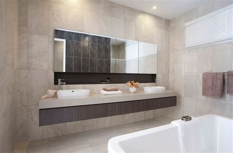 Large Modern Bathroom Mirrors 17 Best Ideas About Large Bathroom Mirrors On