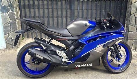 Headl Yamaha R15 yamaha r15 gets modified to r6 looks quite the machine