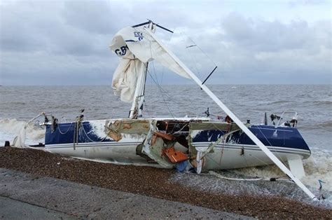 j boats pictures yacht wrecked on north kent coast