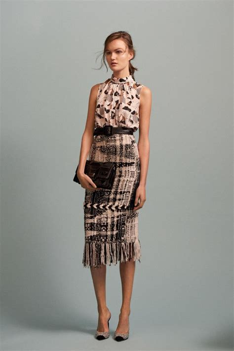 Shiny Fashion Tv The 25 High Challenge Oasis And Primark by 25 Best Ideas About Tweed Skirt On Camel Tea