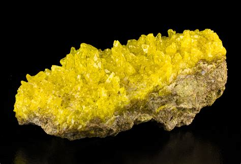 sulfur color 7 quot butter yellow sulfur sharp gemmy stand up crystals to 3