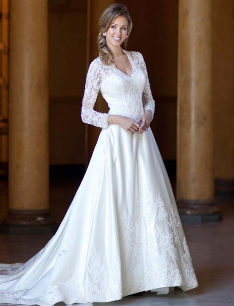 gorgeous wedding dresses with long sleeves ideal weddings