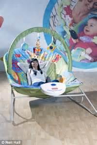 Kursi Boneka Bayi unik kursi bayi khusus orang dewasa