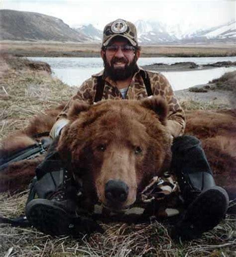 timothy treadwell bear attack tonyrogers com timothy treadwell alaska bear attack