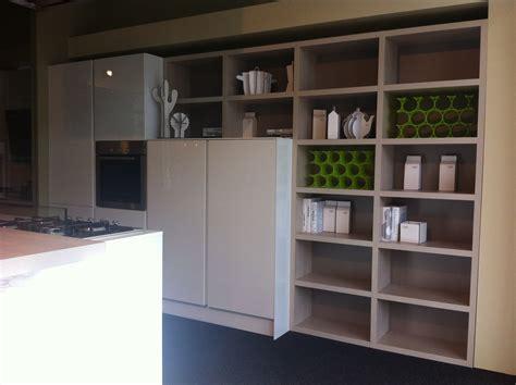 libreria cucina cucina con penisola e zona libreria cucine a prezzi scontati