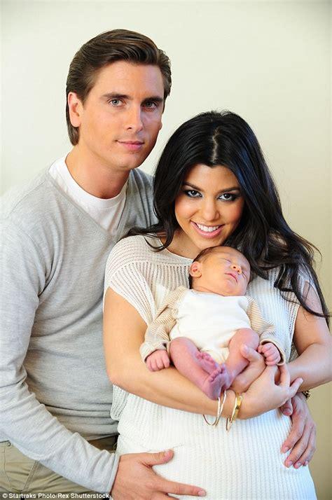 celeb baby names 2010 kylie jenner posts an instagram selfie as kourtney