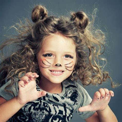 cat costume hairstyles 15 easy halloween hairstyles for kids kidsomania