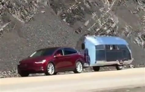 image tesla model x towing bowlus road chief size 1024