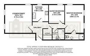 average size of a bedroom 2 bed apartment to rent alma road windsor sl4 3hq