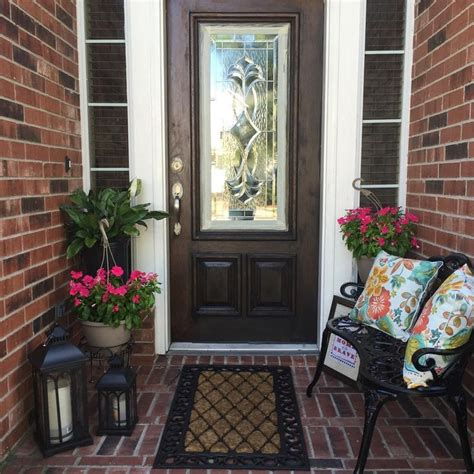 decorating front porch 25 best ideas about outdoor entryway decor on pinterest